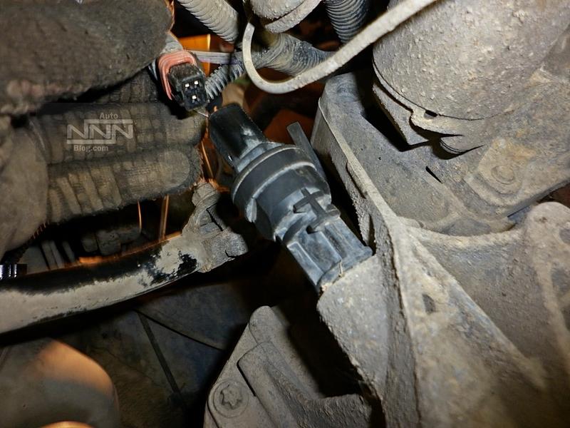cum se schimba captorul (senzorul) de viteza la Dacia Logan I 1,4 MPI 01