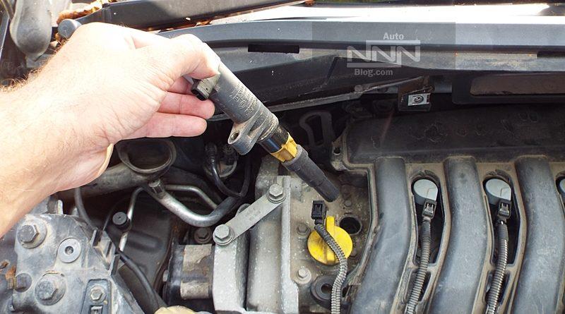 cum se schimba bobinele si bujiile la Renault Modus 1,4 16V