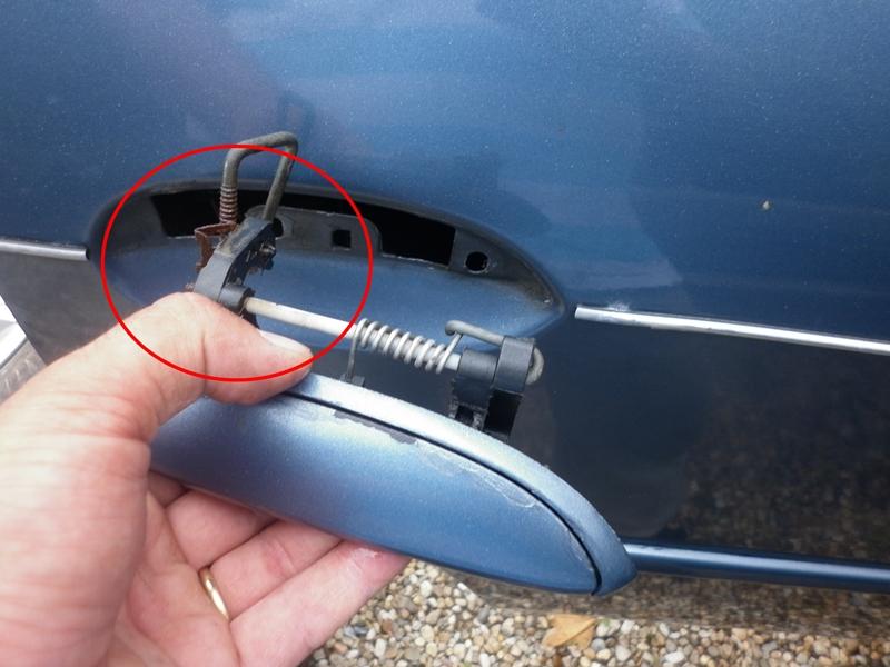 Problema deschidere usa spate Dacia Logan 1 1