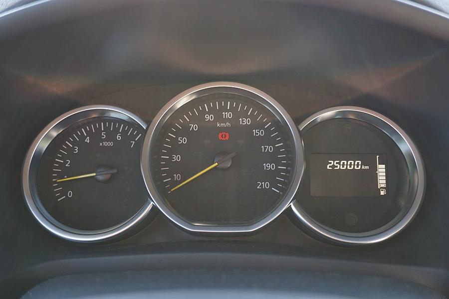 25.000 km cu motorul 1.0 Sce 198