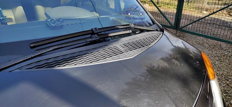 Cum se schimba lamelele stergatoarelor la Renault Modus